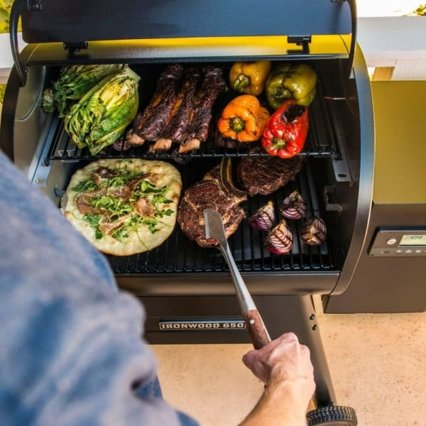 Traeger Ironwood 650 grill for veggies pizza and steak