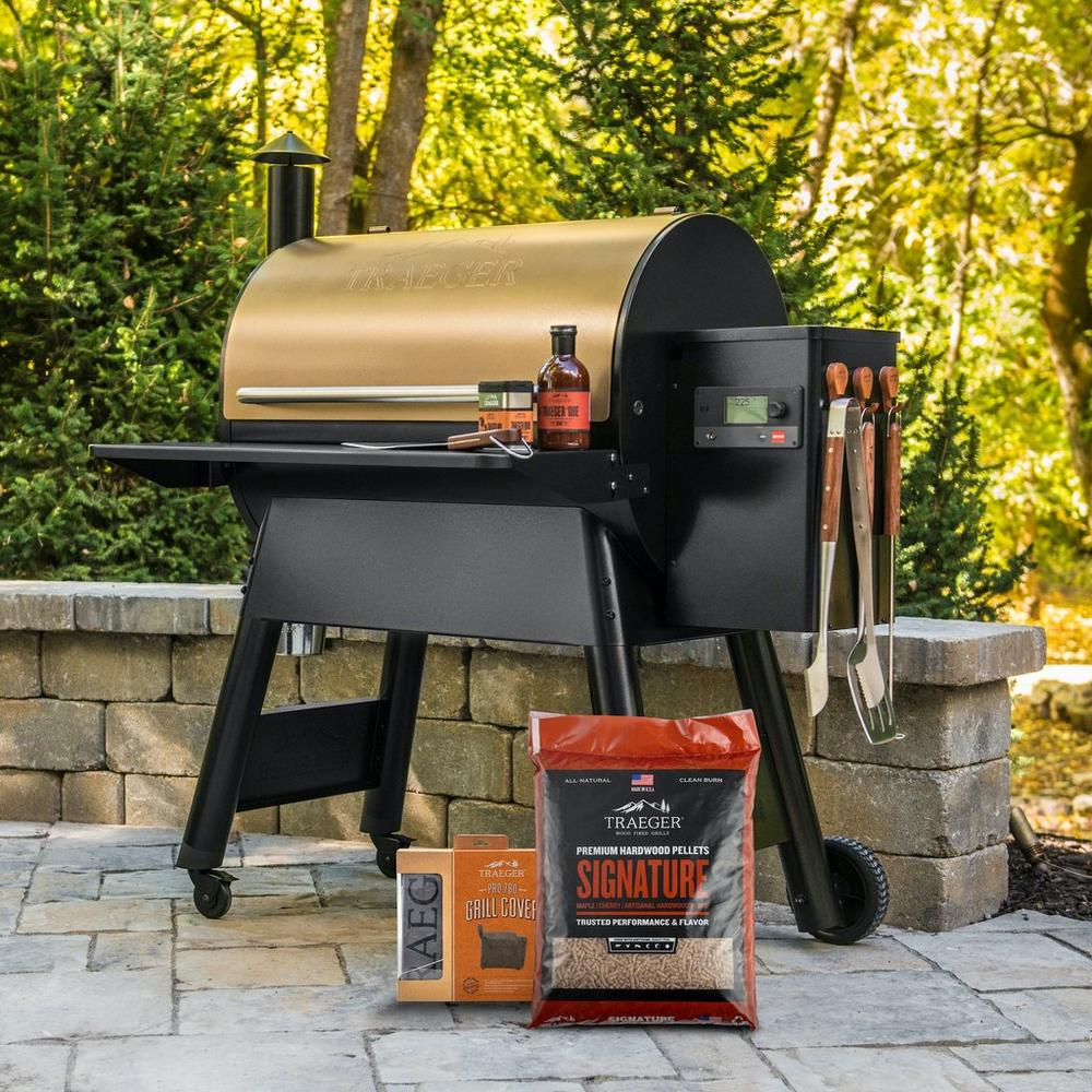 Traeger Pro 780 Bronze pellet grill